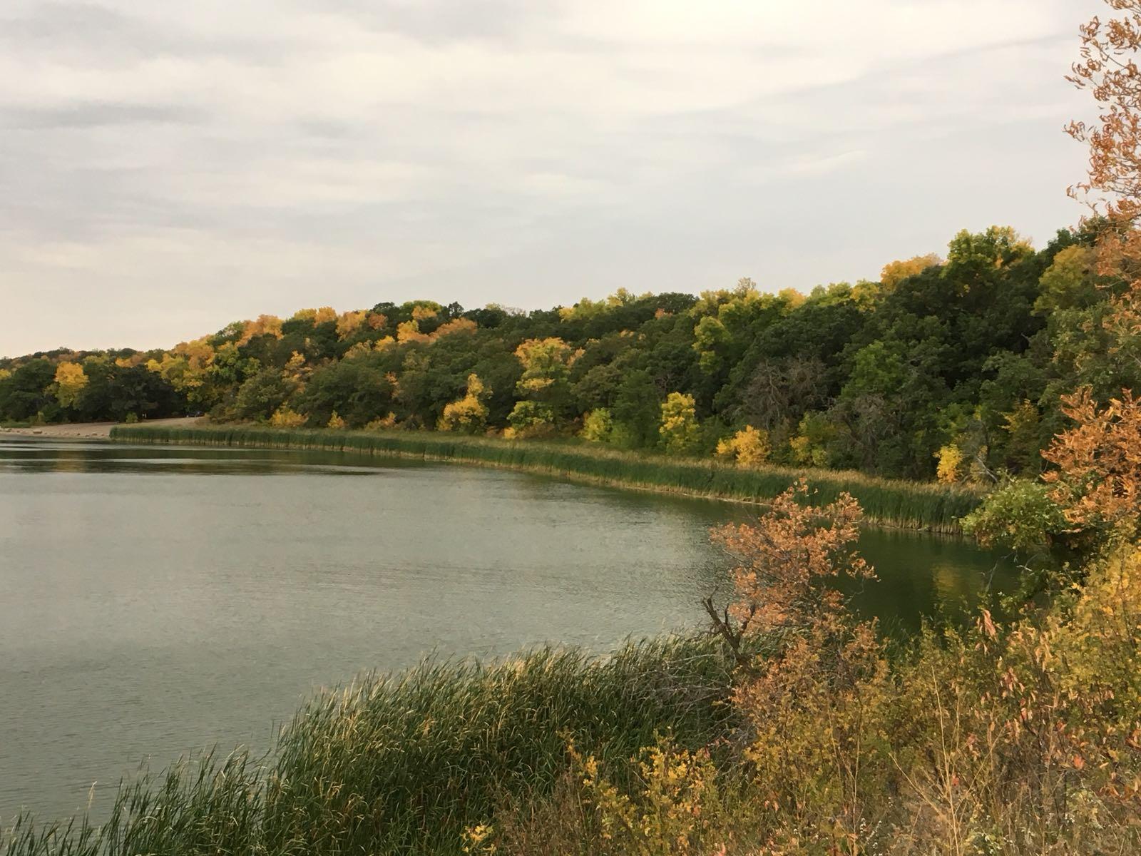 Beautiful landscapes on Lake Minnewasta