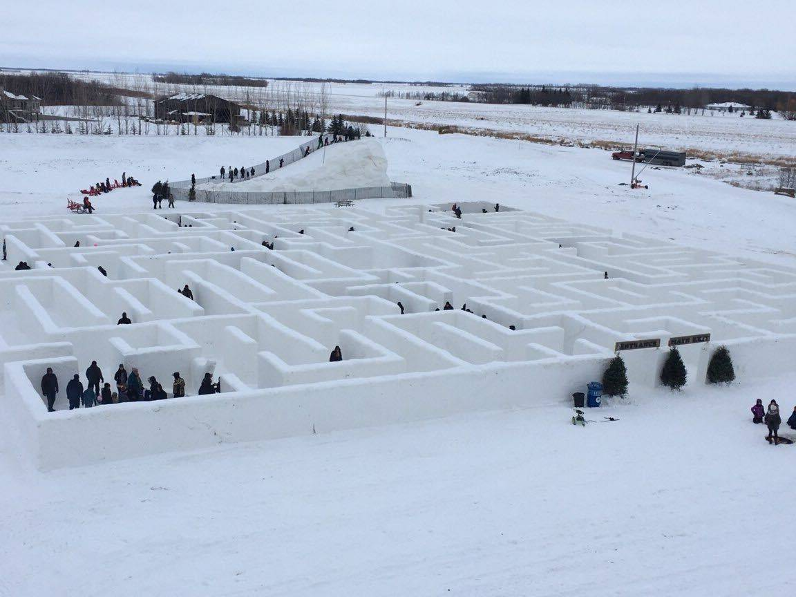 Manitoba Wins Largest Snow Maze
